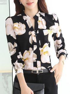 Cheap fashion shirt women, Buy Quality shirt fashion women directly from China shirt women Suppliers: 2017 New Fashion V-Neck Chiffon Blouses Slim Women Chiffon Blouse Office Work Wear shirts Women Tops Plus Size Blusas 25 Floral Blouse, Printed Blouse, Floral Shirts, Blouse Styles, Blouse Designs, Trendy Tops, Shirt Blouses, Chiffon Blouses, Women's Shirts