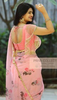Beautiful Girl Indian, Most Beautiful Indian Actress, Beautiful Saree, Beauty Full Girl, Beauty Women, Look Fashion, Indian Fashion, Saree Models, Saree Photoshoot