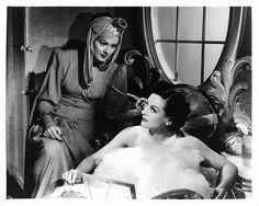 """Rosalind Russell and Joan Crawford in """"The Women"""" (1939)"""