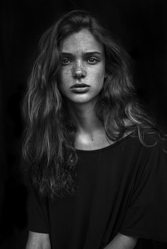 Sara by Agata Serge