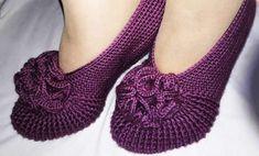 Posture Correction Exercises, Posture Stretches, Crochet Shoes, Crochet Slippers, Knit Crochet, Posture Collar, Knitting Patterns, Crochet Patterns, Youtube Design