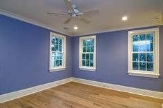 The best house paint colors. Here is help in selecting the perfect paint colors to make your home beautiful. Best color ideas interior and exterior house colors House Paint Interior, Home Interior Design, Interior And Exterior, Interior Painting, Home Improvement Contractors, Home Improvement Projects, House Painting Pictures, Painting Trim, Blue Bedroom