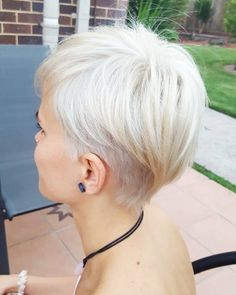 Icy blond pixie haircut
