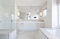 All white bathroom ideas master bathroom ideas modern white bathroom tile ideas Light Grey Bathrooms, Grey Bathrooms Designs, Modern White Bathroom, White Bathroom Tiles, Bathroom Tile Designs, Bathroom Floor Tiles, Minimalist Bathroom, Modern Room, Beautiful Bathrooms