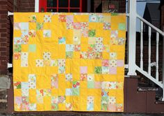Not a big fan of yellow ~ but I love this quilt !!!