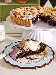 Fruchtig und knusprig zugleich: Blueberry-Tarte mit Pecannuss-Crunch