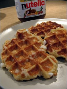 Cork waffles by Monsieur Conticini At the table of Gaelle Savory Waffles, Pancakes And Waffles, Waffle Pops, Belgian Food, Kinds Of Desserts, Good Food, Yummy Food, Sweet Pastries, Cooking Chef