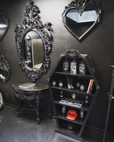 Gothic home decor. Gothic style can conjure some really dark images on one's mind. Usually, people equate it to black and nothing much else. However, Victorian gothic can be one of the most upscale and forward thinking design mindsets that anyone can do. Goth Home Decor, Diy Home Decor, Gypsy Decor, Gothic Bedroom Decor, Gothic Room, Home Sweet Hell, Gothic Furniture, Bedroom Furniture, Cheap Furniture