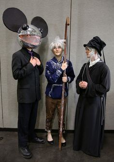 DJ Deadmau5; Jack Frost, from the American CGI movie Rise of the Guardians; and Undertaker (葬儀屋), from the manga Black Butler (黒執事)