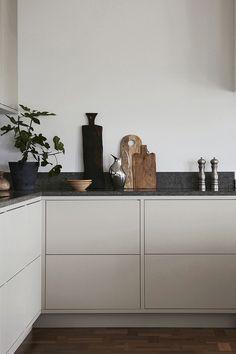 Nordic Kitchen, Scandinavian Kitchen, Scandinavian Design, Kitchen Interior, Home Interior Design, Kitchen Decor, Wooden Kitchen, Interior Modern, Interior Ideas