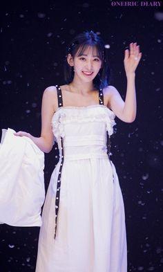 Yuri, Honda, Sakura Miyawaki, Japanese Girl Group, Famous Girls, Formal Dresses, Wedding Dresses, Girl Crushes, Kpop Girls