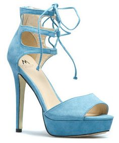http://www.pinterest.com/backyardwillow/shoes-shoes-shoes/