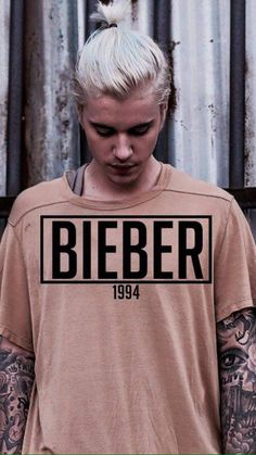 Justin Bieber is a POP , R&B singer, actor and songwriter. Justin Bieber Wallpaper, Justin Bieber Images, Justin Bieber Style, Justin Bieber Baby, Justin Baby, Foto Casual, My Boyfriend, Love Of My Life, My Boys