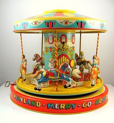 VINTAGE J. CHEIN TIN WIND-UP MERRY GO ROUND CAROUSEL TOY WORKS! w/ BOX| J