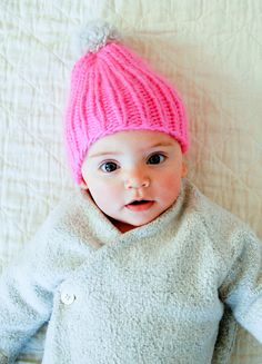 Mollys Sketchbook: Super Simple Super Soft Merino Baby Hat - The Purl Bee - Knitting Crochet Sewing Embroidery Crafts Patterns and Ideas! Baby Hats Knitting, Knitting For Kids, Knitting Projects, Crochet Projects, Knitted Hats, Baby Hat Patterns, Craft Patterns, Knitting Patterns, Purl Bee