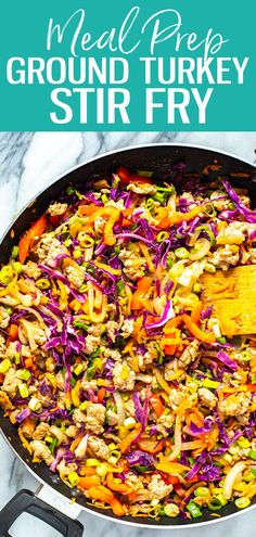 This ground turkey stir fry is the easiest recipe ever It s low carb too - all you need is ground turkey bell peppers carrots and coleslaw mix It s a great weeknight dinner idea groundturkey stirfry lowcarb Healthy Meals To Cook, Good Healthy Recipes, Vegetarian Recipes, Easy Meals, Dinner Healthy, Clean Recipes, Ground Turkey Dinners, Ground Turkey Pasta, Low Carb Ground Turkey Recipe