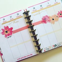 💖💖💖 So in love with my layout for next week 💖💖💖 To Do Planner, Mini Happy Planner, Cute Planner, Planner Layout, Planner Ideas, 2018 Planner, Study Planner, Digital Bullet Journal, Planner Organization
