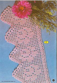 Adoro tecer esses barrados, as horas passam e não tenho vontade de parar de crochetar. Estou com saudade desse tempo em que eu conseguia f...