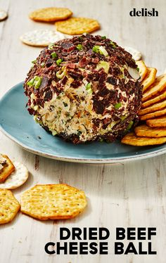 Dried Beef Cheese Ball is as savory as it gets: chipped beef and Worcestershire sauce give an unbeatably meatiness to this addictive appetizer. Cheese Appetizers, Appetizer Dips, Yummy Appetizers, Appetizers For Party, Party Dips, Beef Cheese Ball Recipe, Cheese Ball Recipes, Tapas Recipes, Cooking Recipes