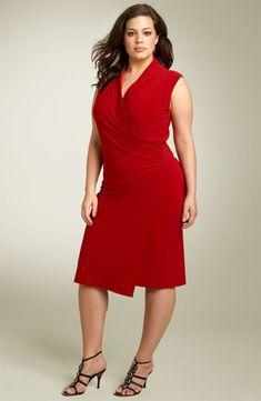 vestido vermelho da plus size