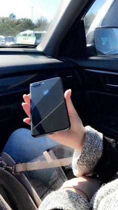 ⌁ tech: daniellieee123 ⌁ Cute Phone Cases, Iphone Phone Cases, Smartphone Apple, Apple Iphone, Accessoires Iphone, Aesthetic Phone Case, Foto Instagram, Coque Iphone, Iphone Accessories