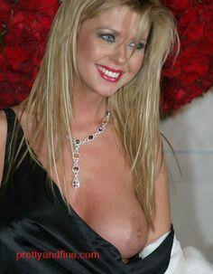 Porn pics of tara reid body shots page