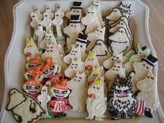 i want the little my ones Creative Cakes, Creative Food, Biscuit Decoration, Children's Book Characters, Iced Biscuits, Tove Jansson, Cookies For Kids, Character Cakes, Cute Desserts