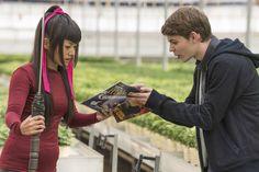 Heroes Reborn - 1x11 Robbie Kay as Tommy and Kiki Sukezane as Miko #heroesreborn…