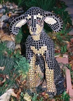 Mosaic Dog by mosaic artist Jynja Calderon So cute!!!