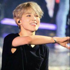 Bts Boys, Bts Bangtan Boy, Bts Jimin, Jikook, Foto Bts, Kpop, V Smile, Album Bts, Bts Concert