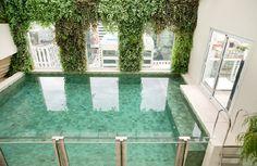Indoor Glass Pool / Malibu