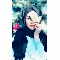 Stylish Girls Photos, Stylish Girl Pic, Hijabi Girl, Girl Hijab, Beautiful Girl Image, Beautiful Hijab, Girl Photo Poses, Girl Photos, Best Friend Pictures Tumblr