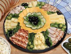 Leckere kalte Platten mit Schinken und Käse servieren :) - nettetipps.de