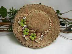 Imagen relacionada Diy And Crafts, Arts And Crafts, Slab Pottery, Clay Art, Rock Art, Potted Plants, Centerpieces, Pottery Ideas, Dolls