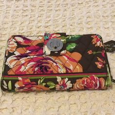 Vera Bradley Wallet (English Rose) Vera Bradley Wallet with lots of storage for cards, cash, receipts, and change or anything that you may need.  English Rose print.  EUC Vera Bradley Bags Wallets