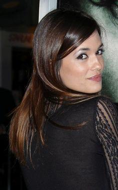 Torrey DeVittos glossy, brunette hairstyle