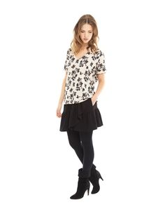 Hastings top. Versatile print top with flattering cut to wear day or night. #loveisessentiel