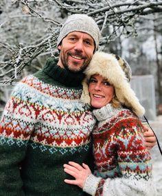 Fair Isle Knitting Patterns, Sweater Knitting Patterns, Knitting Designs, Knitting Sweaters, Sock Knitting, Knitting Tutorials, Free Knitting, Mens Knit Sweater, Nordic Sweater