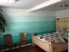 QUILT BARN:Retreat Center Painted Teal-Aqua Ombre Wall