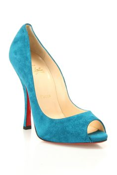 Louboutin Maryl Veau Velours Pumps In Peacock