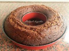 Çocukluğumda Almanya'da lebkucheni çok severek yerdik. Lebkuchen bol baharatlı bir çeşit kek kurabiye karışımı bir çörek. Özellikle ...