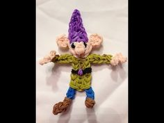 Rainbow Loom DOPEY. Designed and loomed by Ashley at Lumefinity. Click photo for YouTube tutorial. 03/23/14