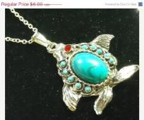 Sale Vintage  Turquoise Ruby Red Eye Fish Pendant Necklace Chain 20 long