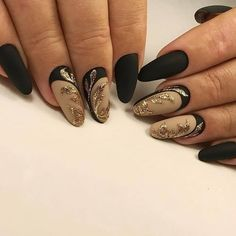 50 Simple Summer Acrylic Conffin Nails Designs Ideas In 2019 These trendy Nails ideas would gain you amazing compliments. Check out our gallery for more ideas these are trendy this year. New Nail Art, Cool Nail Art, Round Nails, Gel Nail Designs, Fabulous Nails, Nagel Gel, Beautiful Nail Art, Creative Nails, French Nails