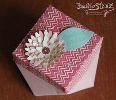 Kreativ-Stanz Diamantbox Stanz- und Falzbrett für Geschenktüten Stampin' Up! Stanze Dreifache Blüte #diamantbox #flower http://kreativstanz.bastelblogs.de/ Kreativstanz – Stampin' Up!