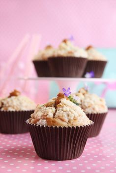 Apple Muffins with crunch & dulce de leche