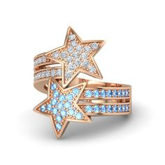 So much sparkle in our newest ring! The Brilliant Stars ring styled in blue topaz/diamond in rose gold.