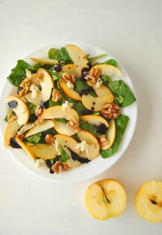 ensalada de espinacas manzana y queso de cabra Kitchen Time, Summer Recipes, Pasta Salad, A Table, Cantaloupe, Potato Salad, Zucchini, Healthy Recipes, Healthy Meals