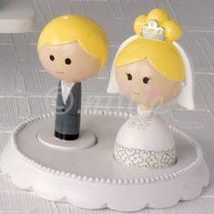 Torte-Hochzeit-Deko-Figuren-Paerchen-Pueppchen