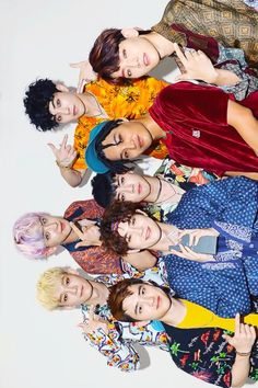 EXO Shimmy shimmy kokobop i think i like it💜 Baekhyun, Exo Kokobop, Kpop Exo, Exo Kai, Chanbaek, Exo Ot12, K Pop, Exo Group Photo, Exo Monster